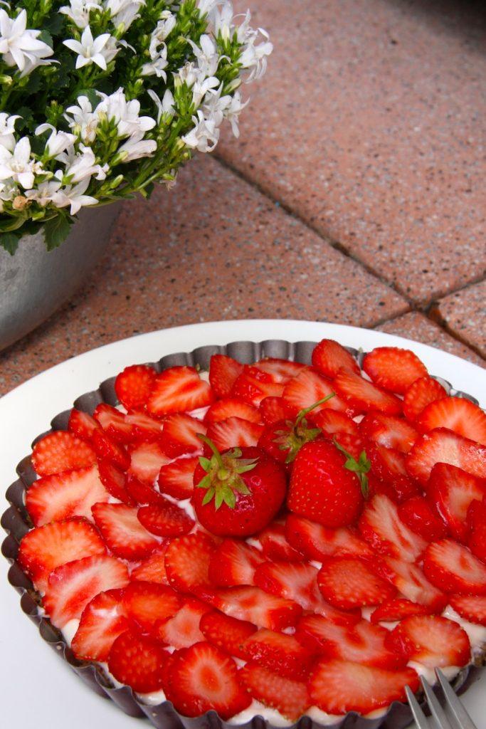 rezept f r eine erdbeer tarte ohne zucker ern hrung ohne zucker. Black Bedroom Furniture Sets. Home Design Ideas
