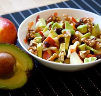 Rezept für einen Apfel-Avocado-Fruchtsalat