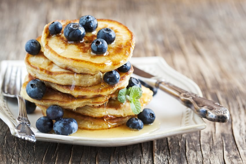 Blaubeer-Pancakes ohne Zucker