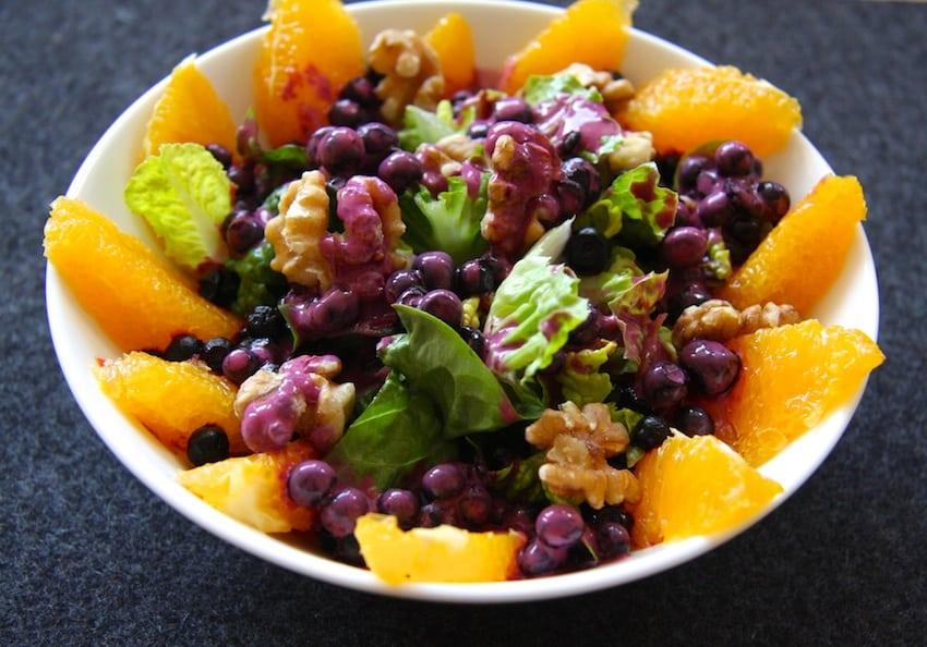Rezept für einen Blaubeer-Frühstückssalat