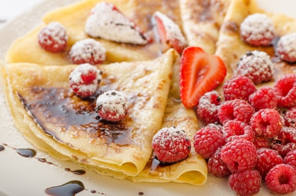 Crepes ohne Zucker, dafür mit vielen frischen Früchten