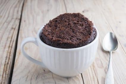 Rezept für einen Schoko-Tassenkuchen ohne Zucker