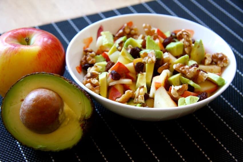 Fruchtsalat mit Avocado ohne Zucker