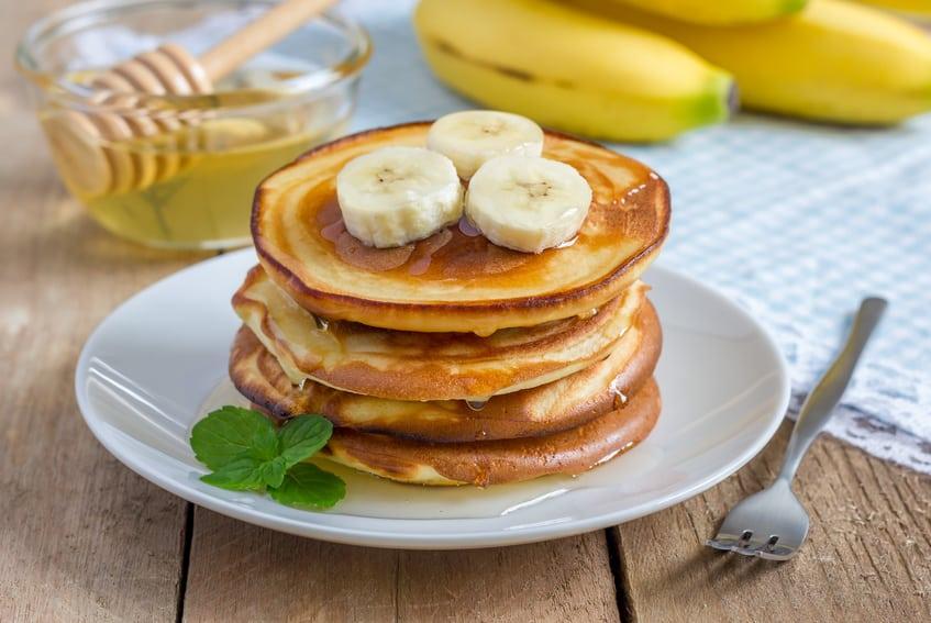 Rezept für Bananen-Haferflocken-Pancakes ohne Zucker