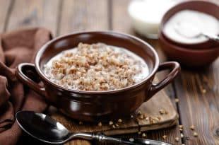 Hirse-Porridge ohne Zucker